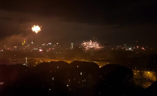 20200101_000137_fireworks